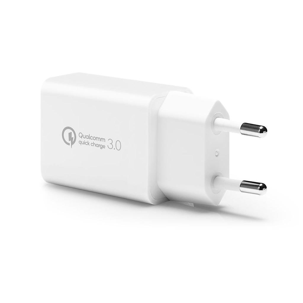 Spigen® Essential® F111 000CA26332 Qualcomm® Quick Charge 3.0 USB Wall Charger - White