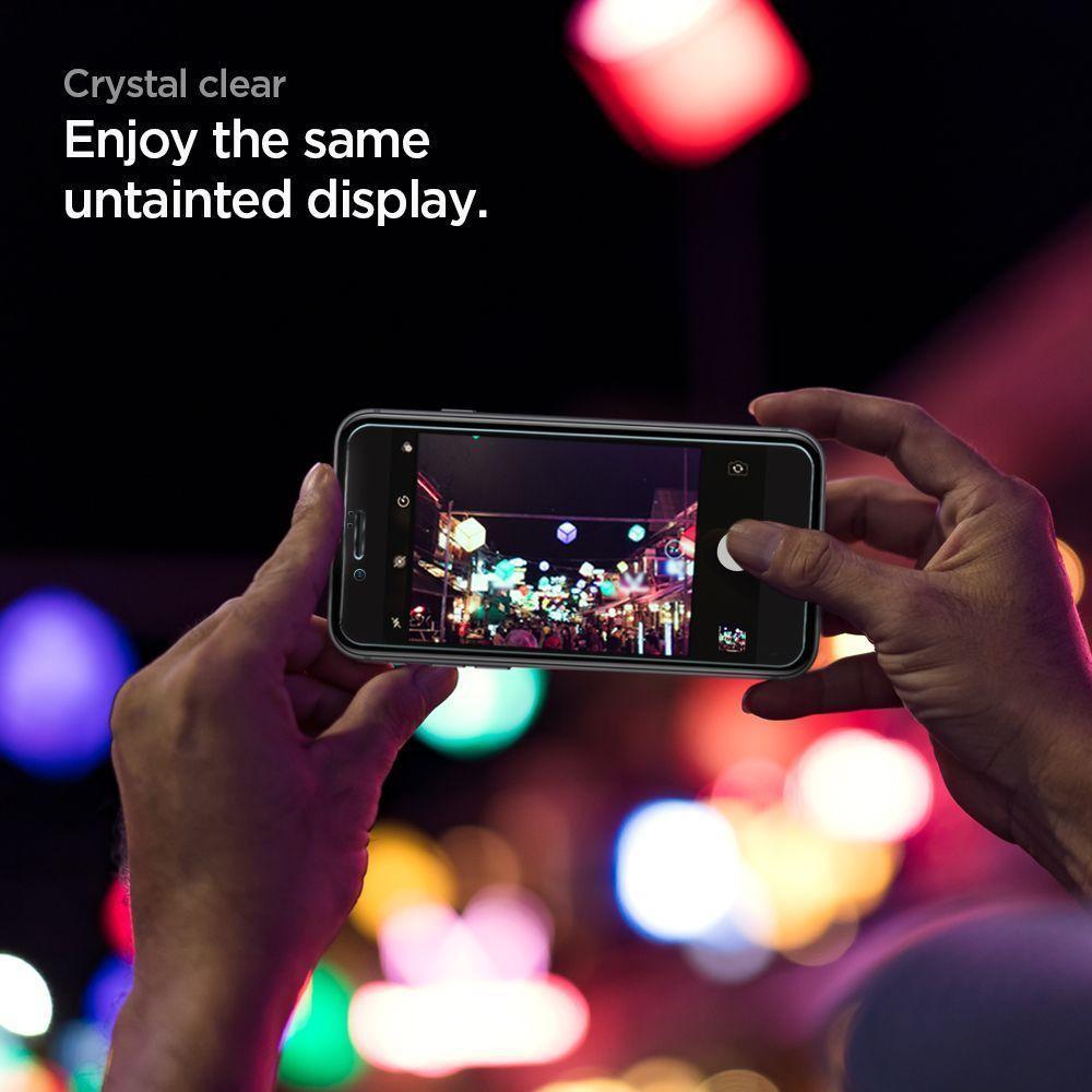 Spigen® GLAS.tR™ Full Cover AGL01314 iPhone SE (2020) / 8 / 7 Premium Tempered Glass Screen Protector